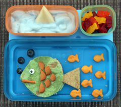 creative lunch to look like sea with gold fish